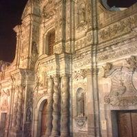 Foto tomada en La Compañía de Jesus por Quito Tour Bus el 1/12/2013