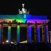 10/10/2013 tarihinde Marc G.ziyaretçi tarafından Brandenburg Kapısı'de çekilen fotoğraf