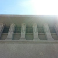 รูปภาพถ่ายที่ Frank Lloyd Wright's Unity Temple โดย Robert M. เมื่อ 6/27/2013