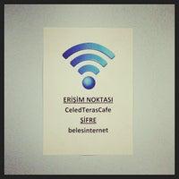 Foto scattata a Çeled Uşaglar Teras Cafe da Mahmut E. il 7/21/2013