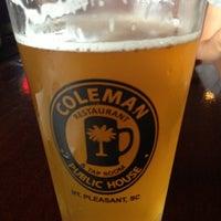 Снимок сделан в Coleman Public House Restaurant & Tap Room пользователем Lisa B. 7/16/2013