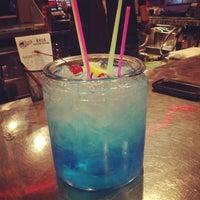 Снимок сделан в Jerseys Bar & Grill пользователем Michael S. 10/8/2013