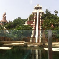 8/3/2013 tarihinde Viktoria K.ziyaretçi tarafından Siam Park'de çekilen fotoğraf