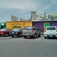 Foto tomada en Jazz, A Louisiana Kitchen por Caleb C. el 6/23/2013