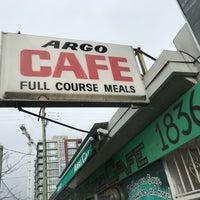 Foto tirada no(a) Argo Cafe por Davy S. em 2/17/2018