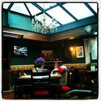 1/8/2013 tarihinde Serdarziyaretçi tarafından Cafe Rea'de çekilen fotoğraf