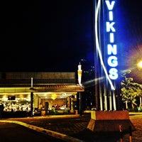 1/6/2013 tarihinde Rizza P.ziyaretçi tarafından Vikings'de çekilen fotoğraf