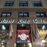 12/28/2012 tarihinde Onur Metin C.ziyaretçi tarafından Hard Rock Cafe Barcelona'de çekilen fotoğraf