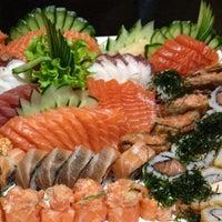 Photo prise au Yatta Sushi par Renato S. le8/24/2013