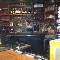Foto tirada no(a) Elements Urban Tapas Lounge por Rob M. em 12/30/2012