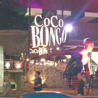 Photo prise au Coco Bongo par Alex G. le6/17/2013