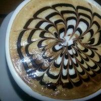 Das Foto wurde bei Coffeemania von ♥♥♥ º. am 1/26/2013 aufgenommen