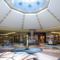 7/18/2013에 Governor's Square Mall님이 Governor's Square Mall에서 찍은 사진