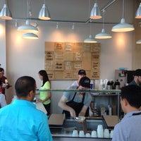 รูปภาพถ่ายที่ Ice Cream Jubilee โดย Chris M. เมื่อ 7/11/2014