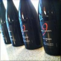 Foto scattata a La Crema Tasting Room da Jeff B. il 12/8/2012