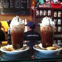 Photo prise au Empire Cafe par Matthew C. le12/31/2012