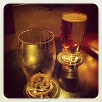 Das Foto wurde bei Hurley's Irish Pub von Ivan M. am 9/20/2012 aufgenommen