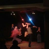 Foto diambil di Las Tablas Tablao Flamenco oleh Didem E. pada 1/12/2013