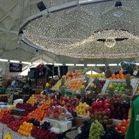 3/27/2013 tarihinde Марианнаziyaretçi tarafından Danilovsky Market'de çekilen fotoğraf