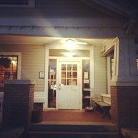 รูปภาพถ่ายที่ Eastside Cafe โดย Michael C. เมื่อ 6/11/2013