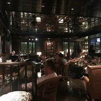 7/6/2018 tarihinde Herra Y.ziyaretçi tarafından The Bamboo Bar'de çekilen fotoğraf