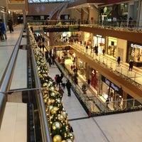 Снимок сделан в The Mall Athens пользователем Petros K. 12/12/2012