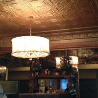 6/18/2013에 Elijah N.님이 Taix French Restaurant에서 찍은 사진