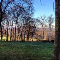 Foto scattata a Lansdowne Resort and Spa da Owen T. il 11/22/2012