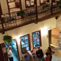 10/16/2013 tarihinde cumat c.ziyaretçi tarafından Avlu Restaurant'de çekilen fotoğraf