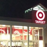 2/8/2013にTed U.がTargetで撮った写真