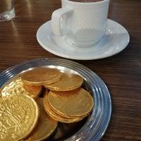 Foto tirada no(a) Bricks Coffee & Bistro por Buket S. em 8/23/2019