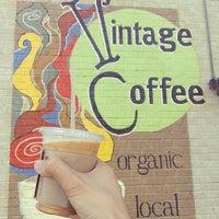 Das Foto wurde bei Vintage Coffee von Andrew N. am 7/26/2013 aufgenommen
