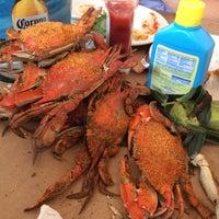 Foto tomada en Blue Crab por Chad B. el 8/1/2014