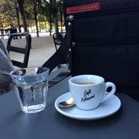 Photo prise au Café Kitsuné par Ale le9/27/2014