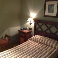 Foto tomada en Hotel Palacio de Pujadas por Patrick J. el 5/14/2013