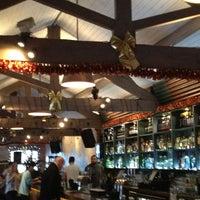 รูปภาพถ่ายที่ Lockside Lounge โดย Séverine G. เมื่อ 12/30/2012