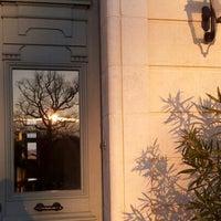 Foto tirada no(a) Chateau Haut Bailly por AnneSo B. em 1/17/2013