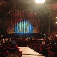 Das Foto wurde bei Dominion Theatre von Diana F. am 7/18/2013 aufgenommen