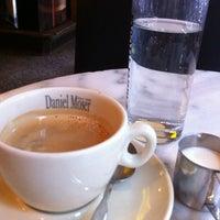 7/12/2013에 Neri💕님이 Café Daniel Moser에서 찍은 사진