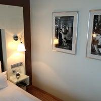Das Foto wurde bei Hotel Santo von René F. am 7/12/2013 aufgenommen