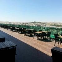 Das Foto wurde bei Nevali Hotel von ismail Ö. am 9/15/2013 aufgenommen