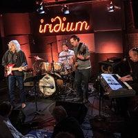 Das Foto wurde bei The Iridium von The Iridium am 9/13/2013 aufgenommen