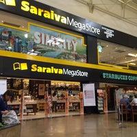 4/11/2013 tarihinde Fernando N.ziyaretçi tarafından Saraiva MegaStore'de çekilen fotoğraf