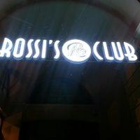 Foto tirada no(a) Rossi's Club por ▪️ ᖴᗩᖶıᕼ ▪️ em 3/6/2013