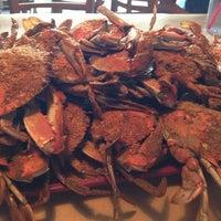 Foto tomada en Blue Crab por Anita B. el 8/18/2013
