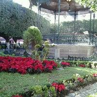 Foto tomada en Jardín de la Unión por Edgar F. el 12/15/2012