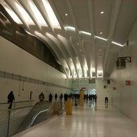 2/28/2014에 Cenzo님이 World Trade Center Transportation Hub (The Oculus)에서 찍은 사진