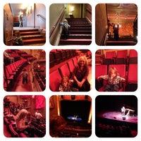 Photo prise au The Balboa Theatre par Olympia B. le4/10/2013