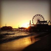 Foto tomada en Santa Monica State Beach por sam r. el 4/20/2013
