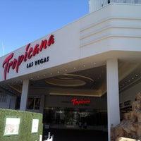 Foto diambil di Tropicana Las Vegas oleh Simone H. pada 5/1/2013